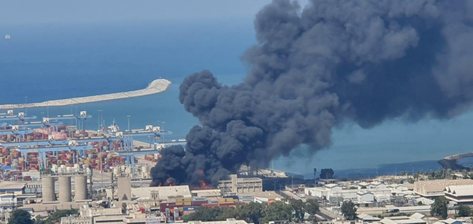 حريق قرب ميناء حيفا