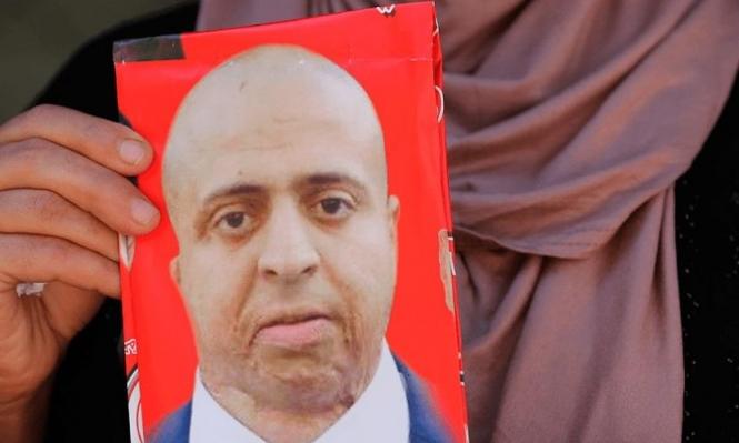 الأسير حلبية ينهي إضرابه عن الطعام