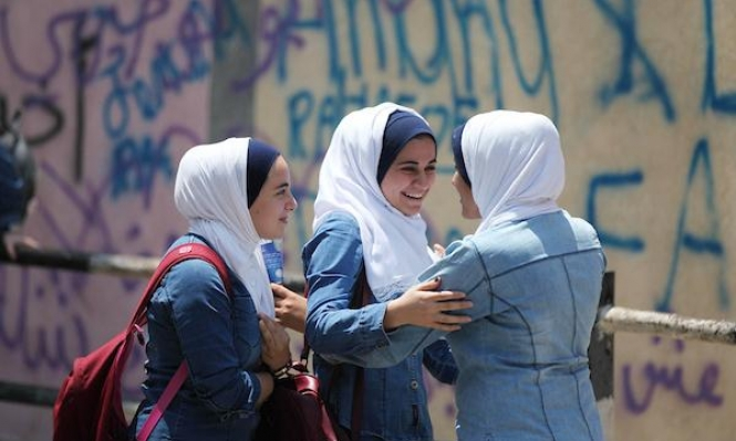 الإحصاء الفلسطيني: الأمية تنخفض لدى الفلسطينيين