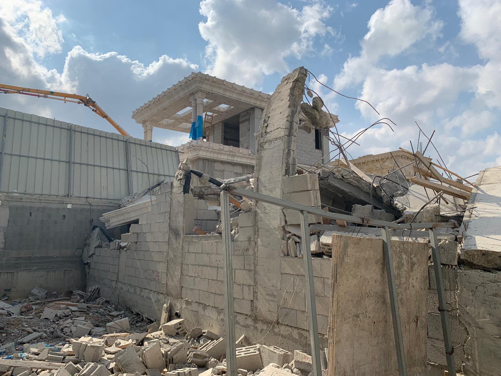 اللد: هدم منزل لعائلة زيتون في حي المحطة