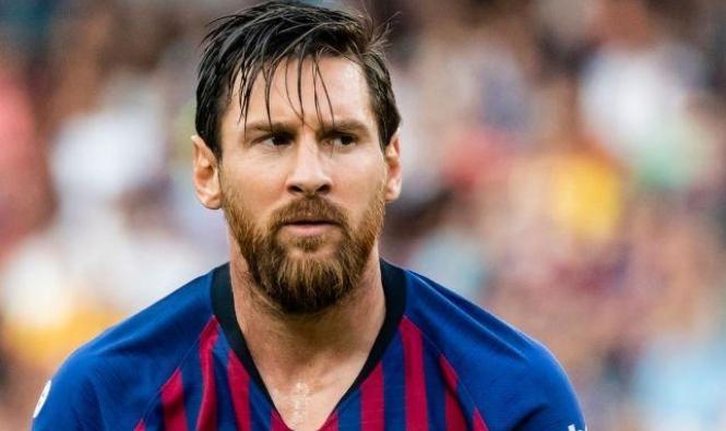 ميسي يخرج عن صمته ويعلق عن رغبة برشلونة بضم نيمار