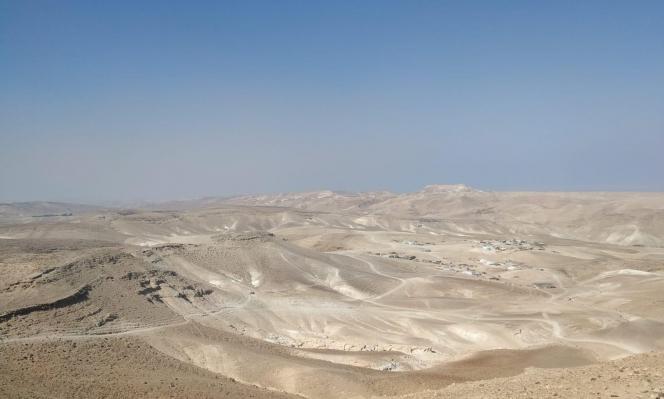 النقب: ثلاث قرى عربية عايشت التمييز وتواجه شبح التهجير