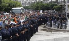 تظاهرات حاشدة في الجزائر رفضًا لإعلان الرئيس عن انتخابات