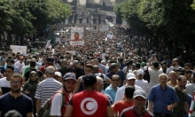 الجزائر: إسلامي أوّل المترشحين للانتخابات الرئاسية