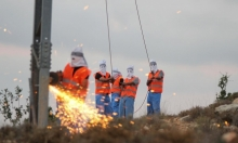 تحذيرات من قطع الاحتلال للكهرباء عن الضفة الغربية بدءًا من الأحد