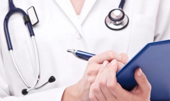 المطالبة بمنح وقت إضافي للمتقدمين لامتحان الطب العام