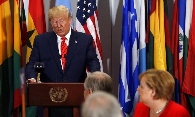 بيلوسي تعلن فتح تحقيق رسمي بهدف عزل ترامب