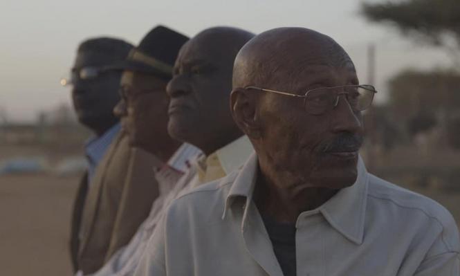 """""""الحديث عن الأشجار"""": وثائقيّ سوداني حول صناعة السينما والحرية"""