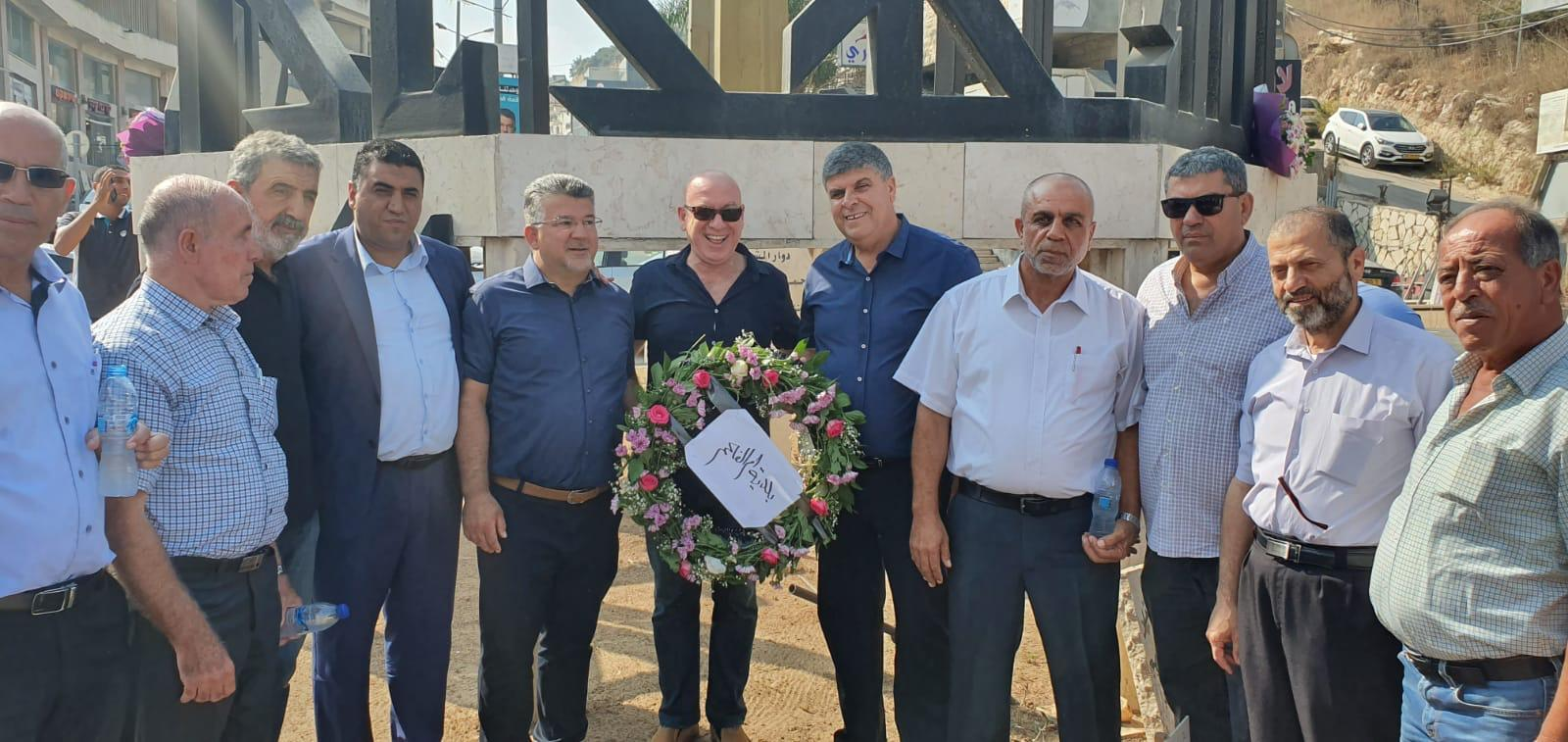 ذكرى هبة القدس والأقصى: زيارات لعوائل الشهداء وأكاليل زهور على الأضرحة