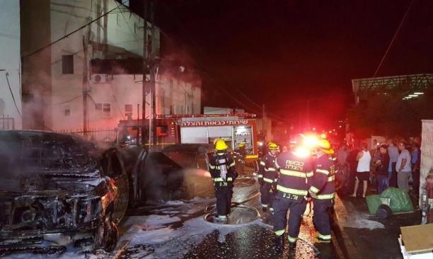 كفر ياسيف: حريق في سيارتين