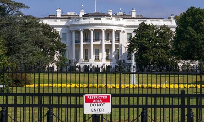 سقوط فأر من سقف البيت الأبيض يُحدث ضجة!