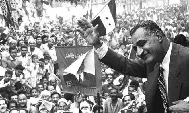 باسم الإخوان المسلمين.. بريطانيا شنت حربا نفسيّة ضد عبد الناصر