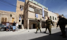 مستوطنون يهاجمون مركبات الفلسطينيين واعتقال 5 شبان بالضفة والقدس