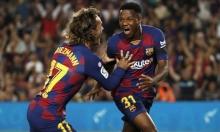 برشلونة يسعى لتحصين لاعبه الشاب
