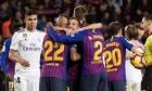 برشلونة يعلن موقفه من تأجيل الكلاسيكو