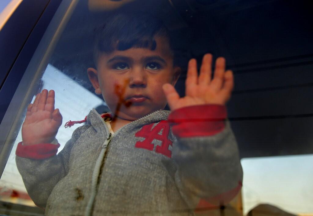 طفل سوري لاجئ (أ ب)
