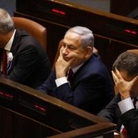 """غانتس يرفض اقتراح نتنياهو بتشكيل """"حكومة طوارئ أمنية"""""""