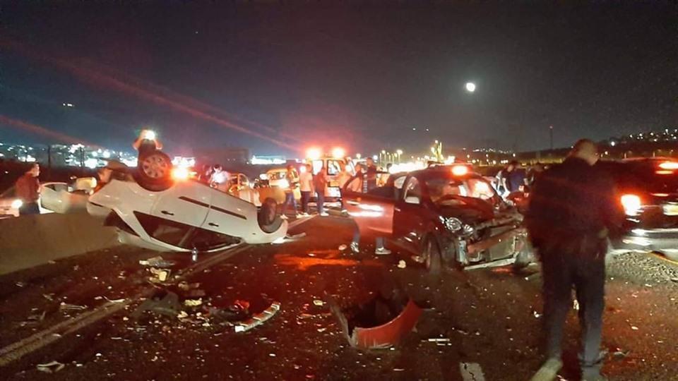 7 إصابات بحادثي طرق في عكا والبعنة