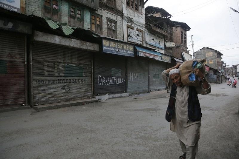 داعمون لإسرائيل.؟ مؤيدون لحصار كشمير (أ ب)