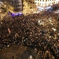"""لبنان: تظاهرات السبت """"الأكبر منذ سنوات""""... والحكومة تتراجع"""