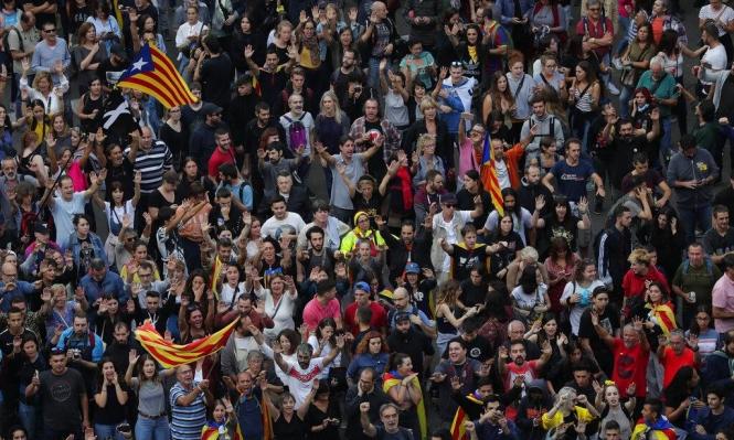 """حكومة كتالونيا تطالب إسبانيا بمفاوضات """"غير مشروطة"""""""