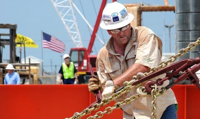 آمال باتفاق تجاري أميركي-صيني ترفع أسعار النفط