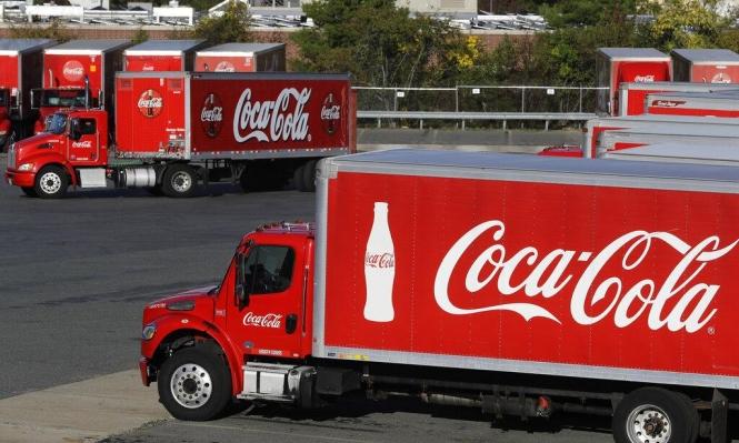 """""""كوكا كولا"""" الأكثر تلويثا للعالم بنفايات البلاستيك"""