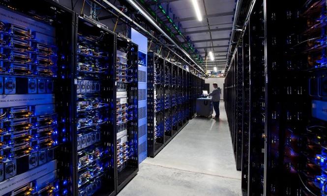 """""""ما بعد الحقيقة"""": مخاطر التطور الإلكتروني المعاصر والحماية منها"""