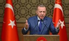 إردوغان يسخر من الأوروبيين ويهدد بفتح الحدود أمام المهاجرين