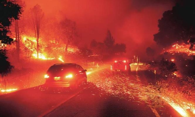 حريق ضخم قرب لوس أنجليس وإجلاء الآلاف