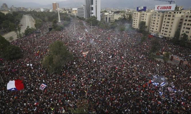 تشيلي: مليونية الشعب تجبر الرئيس والجيش على التراجع