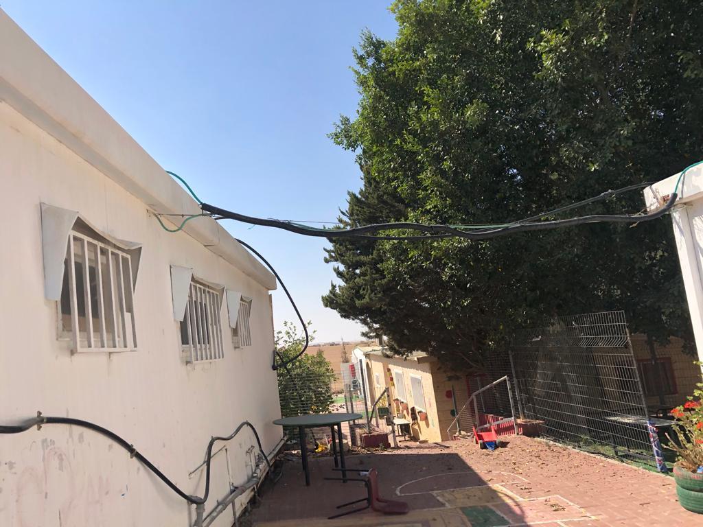 قرية مولدة... أطفال بلا رياض وحرمان من الماء والكهرباء