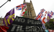 """جونسون يدفع لتبكير الانتخابات وأوروبا تناقش تأجيل """"بريكست"""""""
