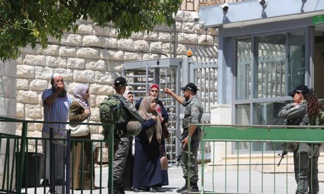 الخليل: إصابة حرجة لفتاة فلسطينية بزعم عملية طعن