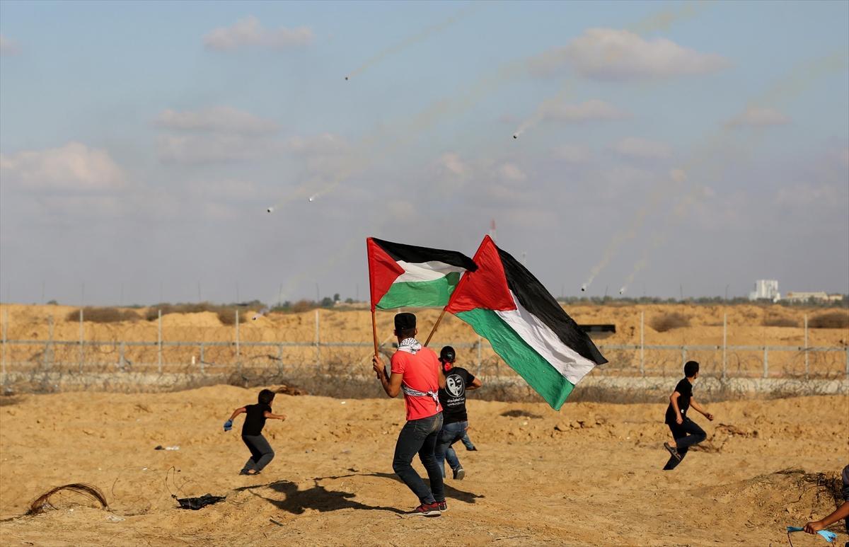 """""""إسقاط وعد بلفور"""": عشرات الإصابات في قمع الاحتلال لمسيرة العودة"""