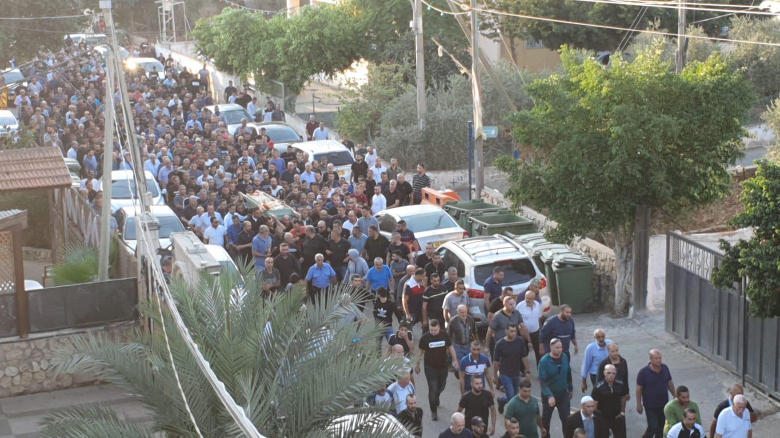 طرعان: تشييع جثمان ضحية جريمة القتل فالح دحلة