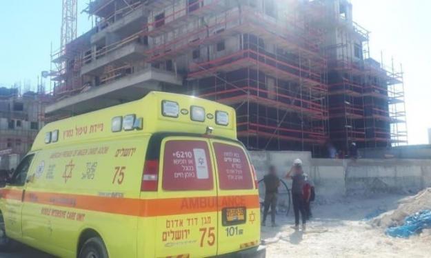 مصرع عامل سقط عن ارتفاع في ورشة بناء قرب القدس