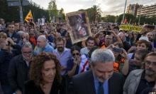 الانفصاليون يتظاهرون في برشلونة رفضا لزيارة الملك الإسباني
