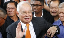 محاكمة رئيس الوزراء الماليزي السابق بفضيحة صندوق التنمية