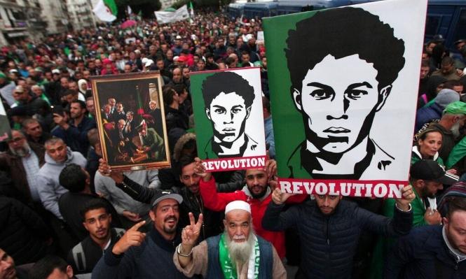 طلاب الجزائر يتظاهرون تضامنًا مع المعتقلين ورفضًا للانتخابات