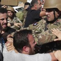 الاحتجاجات اللبنانية تتجدد عقب خطاب عون: مقتل متظاهر برصاص الجيش