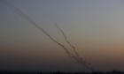 إطلاق رشقة صاروخية على