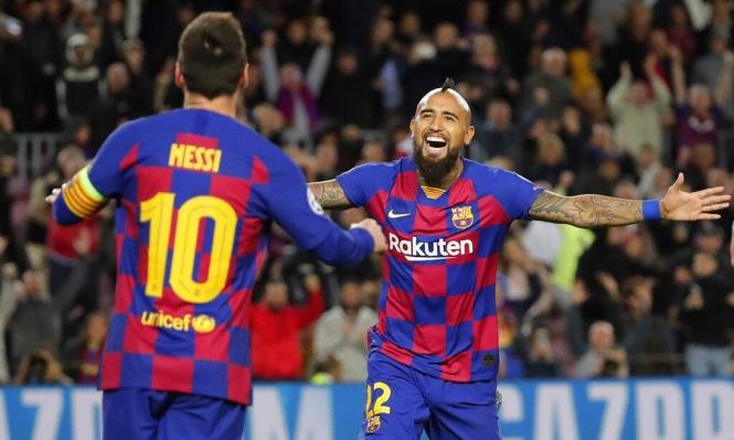 تقارير: برشلونة لن يفرط بلاعبه فيدال