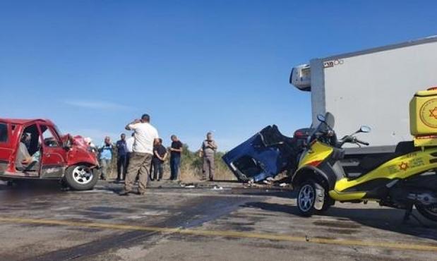 إصابتان في حادث طرق قرب اللد