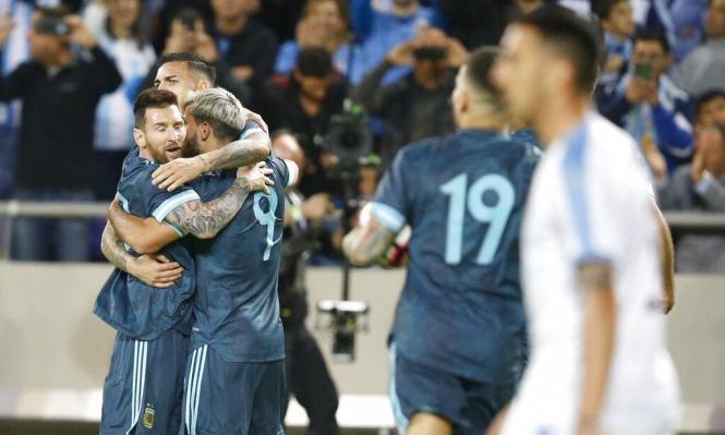 الأرجنتين وأوروغواي تفترقان بالتعادل بهدفين لكلتيهما