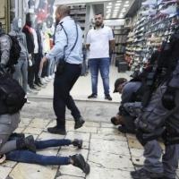 اعتقال 19 فلسطينيا بالضفة والقدس