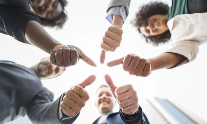 احترام إنسانية العامل هي الصيغة الأفضل لإثراء أماكن العمل