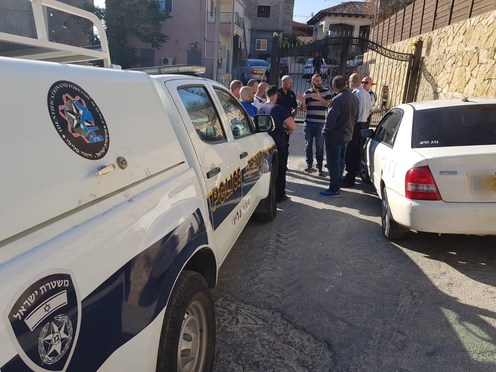 إصابتان حرجة ومتوسطة في جريمة إطلاق نار بالبعنة