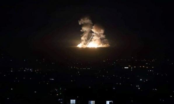 """11 قتيلا في غارات إسرائيلية ضد """"أهداف إيرانية"""" في سورية"""