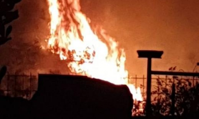 شفاعمرو: حريق هائل قرب منازل مأهولة